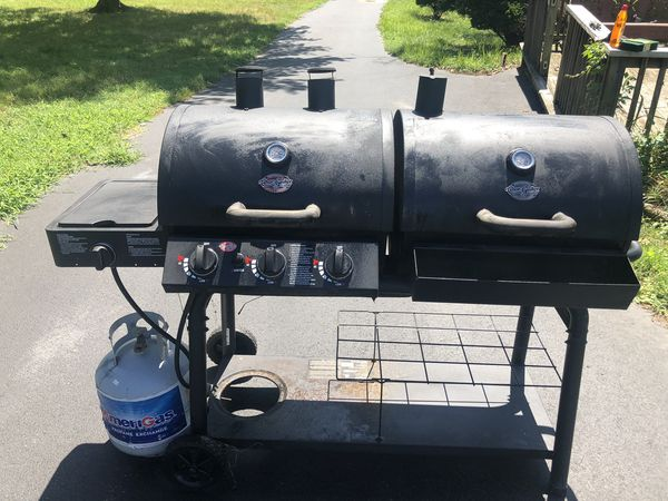 """""""CHAR-BROILER"""" Gas and Charcoal (Daul) BBQ Grill"""