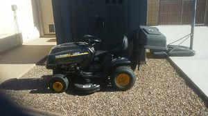 Riding lawn mower for Sale in Phoenix, AZ