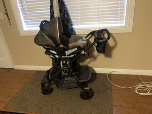 Baby Trend click and go stroller WITH FREE CAR SEAT for Sale in Las Vegas, NV