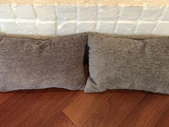 Two Couch Pillows for Sale in Houston,  TX