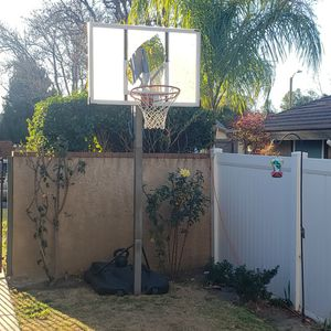 Adjustable Basketball Hoop for Sale in Santa Clarita, CA