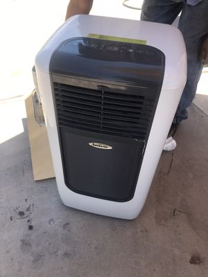 A/c 8,000 btu air conditioner almost new for Sale in Phoenix, AZ