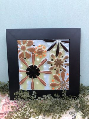 fujian yongan forestry group flower wall decor for Sale in Dallas, TX