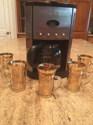 Coffee maker and glass coffee mugs ☕️ for Sale in Payson, AZ
