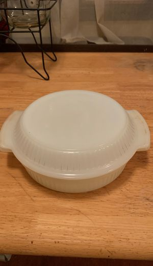 """VINTAGE Fire-King 9"""" Milk Glass Casserole With Lid for Sale in Portland, OR"""