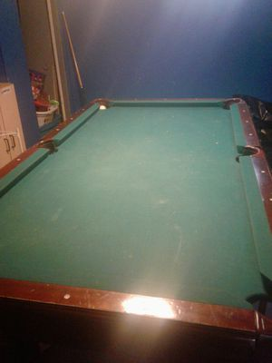 Pool table for sale...$150 o.b.o heavy need 2 people to move it for Sale in Detroit, MI