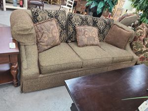 Sofa Huntington House 🪑 Another Time Around Furniture 2811 E. Bell Rd for Sale in Phoenix, AZ