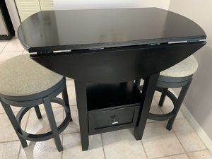Tall high dining table set for Sale in North Miami Beach, FL