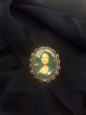vintage Mona Lisa Brooch for Sale in Elk Grove, CA