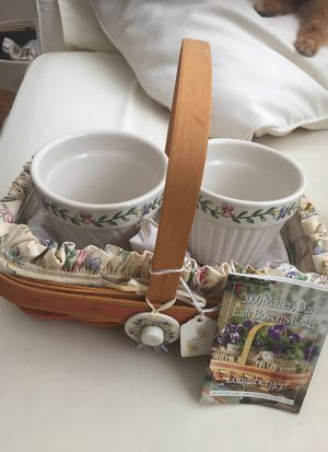 Longaberger Basket with (2) plants potand tray for Sale in Pompano Beach, FL