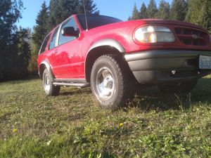 97 Ford Explorer Sport 2 door 4.0L for Sale in Monroe, WA