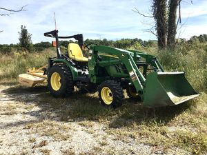 Tractor John Deere for Sale in Virginia Beach, VA