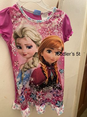 Toddler girls frozen pajama dress size 5t for Sale in Mundelein, IL