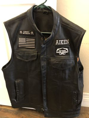 Motorcycle leather vest xl for Sale in Las Vegas, NV