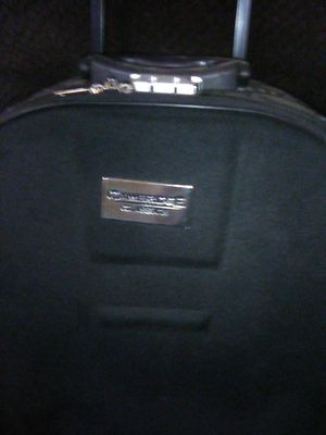 Cambridge classic suit case for Sale in Grand Junction, CO