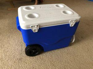 Coleman 40 quart wheeled cooler for Sale in Smyrna, GA