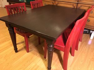 Pottery barn kids farmhouse table and four chairs excellent condition for Sale in Tempe, AZ