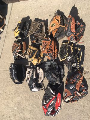 baseball-softball equipment, kids gloves for Sale in Bellflower, CA