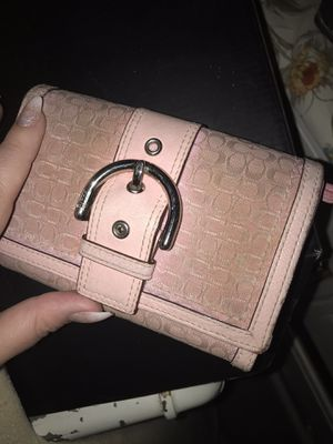 Cute Pink wallet for Sale in Las Vegas, NV