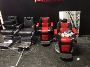 Barber chairs 4 sale and 3 free mirrors for Sale in Miami, FL
