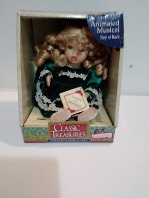 Classic treasures animated musical porcelain doll for Sale in Plantation, FL