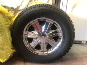 Toyo tires & Rims 285/60R18 A/T for Sale in Fairview, OR