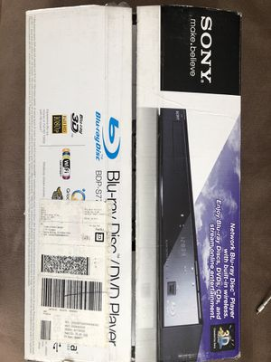 Awesome deal (Bravia 40 inch TV + Sony Blu-ray/dvd player + TV stand+ Sony 3D Starter Kit) for Sale in Los Angeles, CA