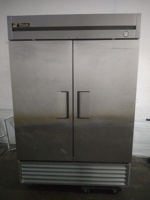 Two door refrigerator for Sale in Chicago, IL