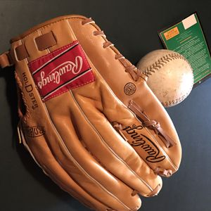 Rawlings signature series leather glove mitt with ball for Sale in Cleveland, OH