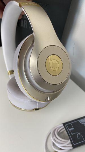 Beats Studio Wireless Gold for Sale in San Antonio, TX