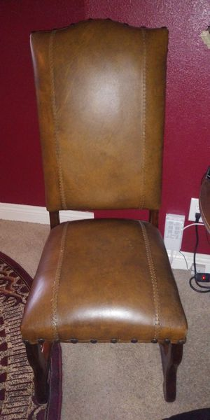 2 chairs for Sale in Santa Ana, CA
