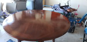 Kitchen table w/4 chairs and front interior door for Sale in Del Valle, TX