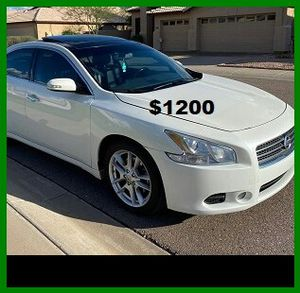 Price$1200 Nissan Maxima for Sale in Berkeley, MO