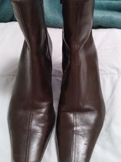 Dark Brown Anne Taylor Loft Ankle Boots for Sale in Lake Forest Park,  WA
