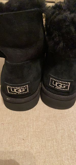 Women's UGG short black boots with rhinestone bow Worn maybe one or twice Size 10 for Sale in Newark, DE