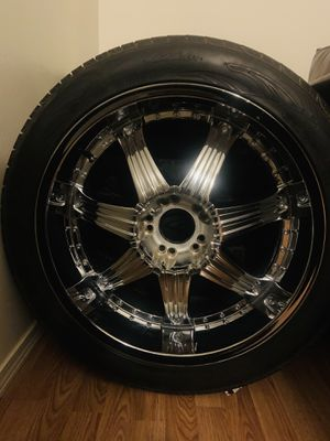 Tires with rims for Sale in Auburn, WA