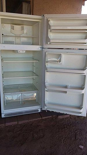 KENMORE Refrigerator for Sale in Phoenix, AZ