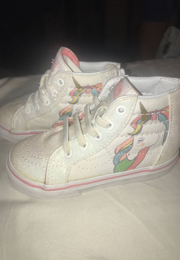 Unicorn vans size 7 for toddlers.