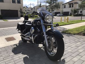 Motorcycle Yamaha 650 c.c for Sale in Miami, FL
