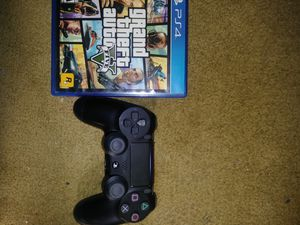 Gta 5 with 2nd Generation Ps4 controller for Sale in Pittsburgh, PA