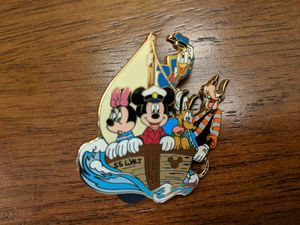 Disney LE Pin 250 Disney shopping sailing series with Mickey Mouse, Minnie Mouse, Goofy, Donald Duck and Pluto for Sale in Glendale, AZ