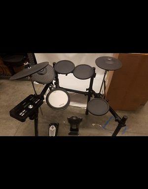 Yamaha DTX502 Drum Set for Sale in Denver, CO