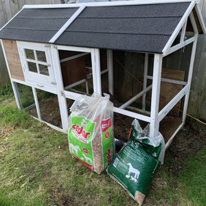 Chicken Coop for Sale in Hoquiam, WA