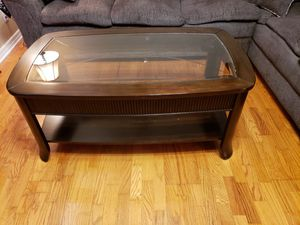 Wooden coffee table for Sale in Plant City, FL