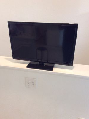 TV monitor like new need cable charger no delivery no shipping for Sale in Irvine, CA
