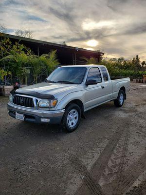 Toyota tacoma 2004 for Sale in Montebello, CA