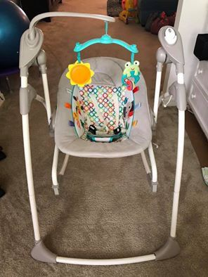 Bright Starts Baby Infant Rock and Swing Rocker 2 in 1 for Sale in Danville, CA