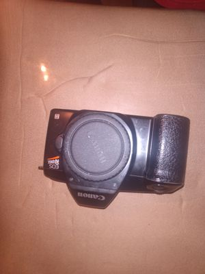 Canon eos rebel (doesn't have lens) for Sale in Rowlett, TX