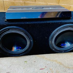 $250 no less Firm/ Alpine Type S 10s / Performance Teknique Amp / box for Sale in Sanger, CA