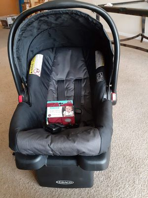 Baby car seat graco for Sale in Beaumont, TX